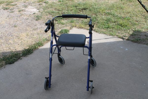 Like New Guardian Fold Up 4 Wheel Walker