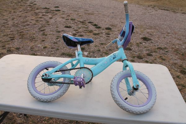 "Huffy ""Frozen""(Disney) 12.5'' Bike/Bicycle With Training Wheels"