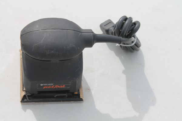 Black And Decker 1/4 Sheet Sander