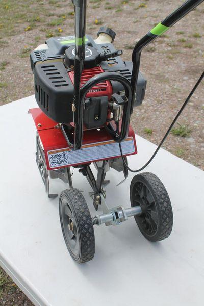 Earthquake MC43 10 Inch Wide Rototiller