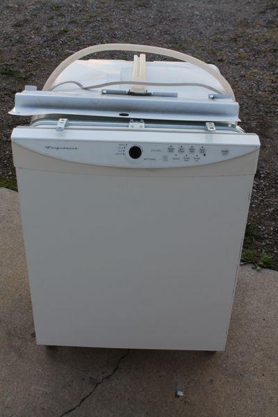 White Fridgidaire Built In Dishwasher
