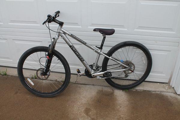 Specialized Crossroads 24 Spd. Bike/Bicycle W. Front Shocks