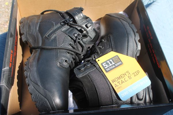 Brand New Womans Size 10 / 5.11 Tactical Series Law Enforcement Boots