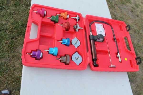 Like New Mac Tools Cooling System Test Kit