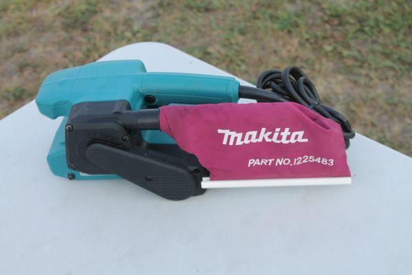 Makita #9910 3'' X 18'' Belt Sander