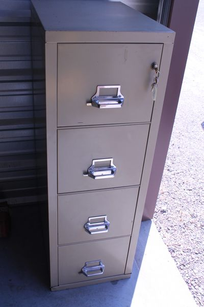 Locking Fireproof 4 Drawer File Cabinet