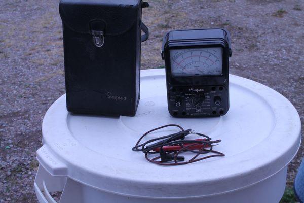 Vintage Simpson 260 7P Voltage/Ohm Meter/Tester