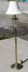 Brass Floor Lamp w/ 4 Feet and Glass Accent