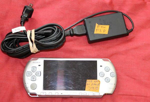 Sony PSP 3000 w/ AC Adapt Cord