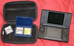 Nintendo DS w/ 3 Games and Case