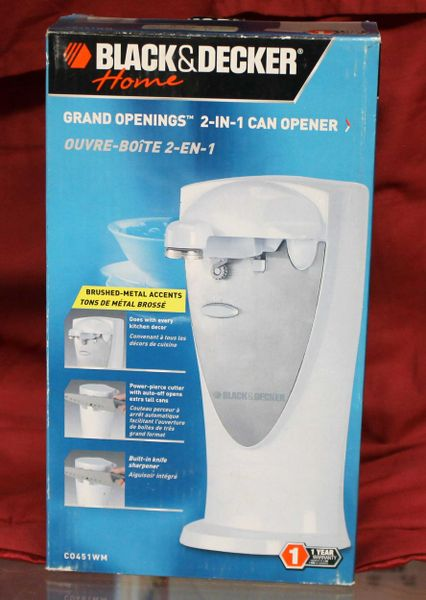 NEW Black & Decker Electric 2 in 1 Can Opener