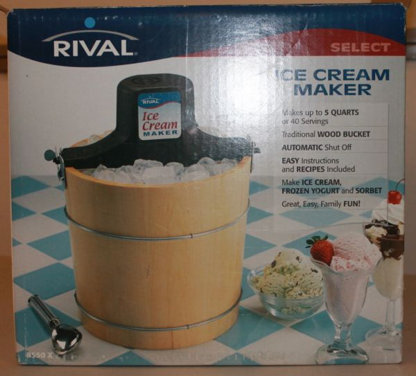 Rival 5 QT ICE CREAM MAKER New in Box Never Used