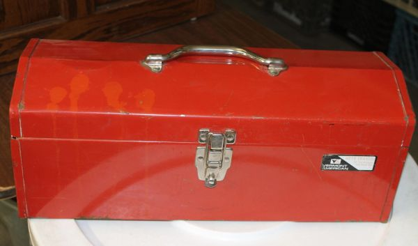 Vermont American #219 Metal Tool Box