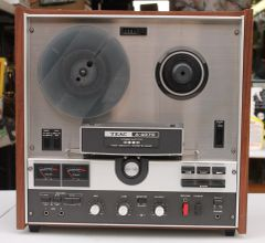 Vintage 1971 TEAC A-4070 Reel to Reel Tape Deck Recorder