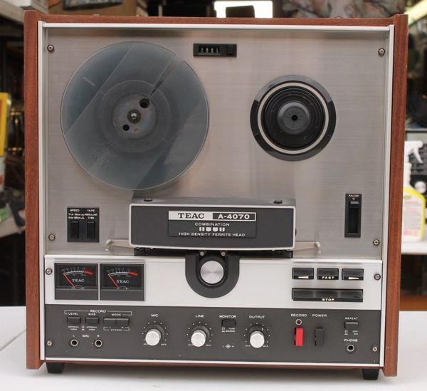 Vintage 1971 TEAC A-4070 Reel to Reel Tape Recorder