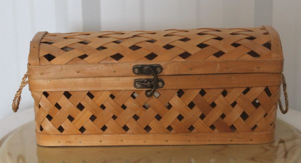 Wicker Basket with Metal Clasp