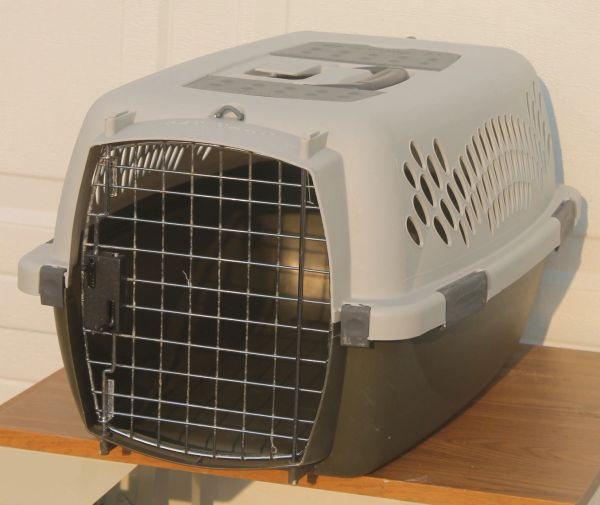 Petmate Small Animal Crate / Kennel / Carrier