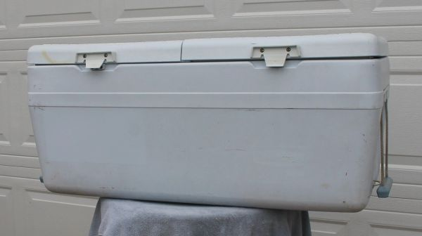 X-Large White Double Lid Ice Chest / Cooler #1983 USA Made