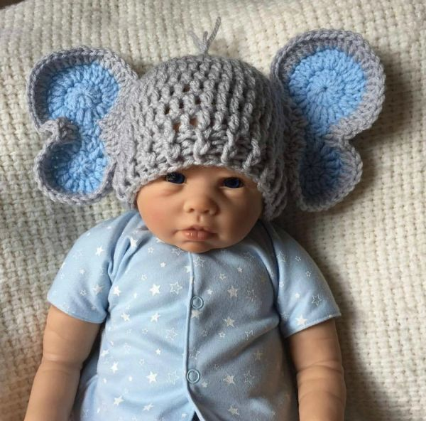Elephant Collection: Hat and Diaper Outfit - Pretty In Crochet | 592x600