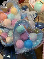 Frozen Heart Bauble Filled With 5 Random Mini Bath Bombs