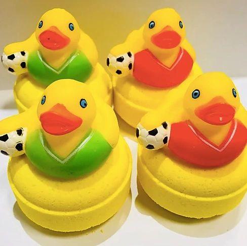 Footy Duck Bath Bomb 🐰