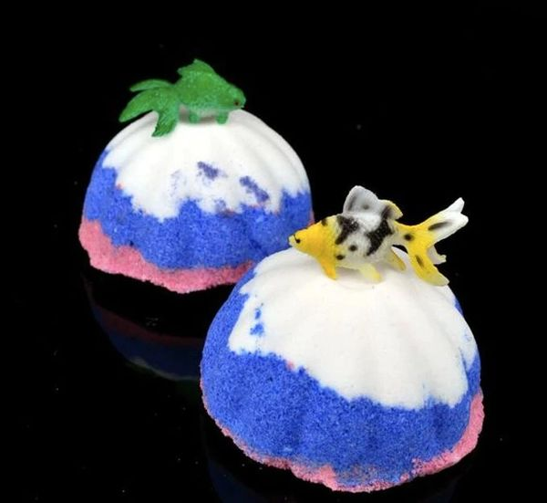 Gone Fishing Bath Bomb with Toy Fish 💚🐰