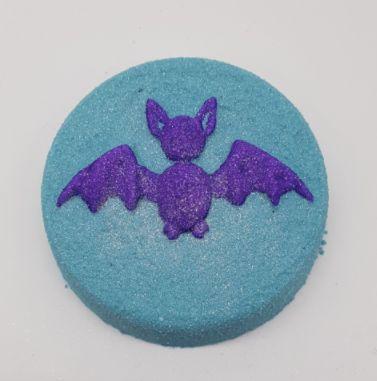 Bat-h Outta Hell Bath Bomb 💚🐰