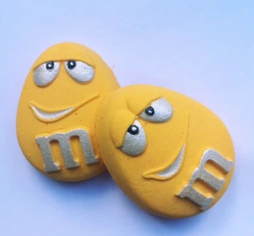 M&M Yellow Bath Bomb