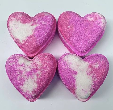 Belle Love Heart Bath Bomb