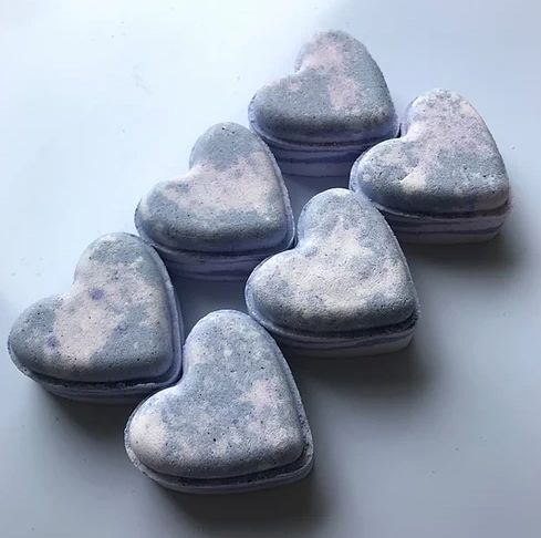 Lavender Breeze Love Heart Bath Bomb