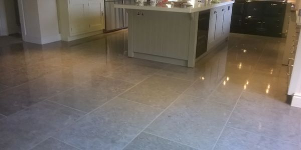 Limestone floor cleaning and polishing Derbyshire Nottinghamshire Yorkshire Leicestershire Warwick