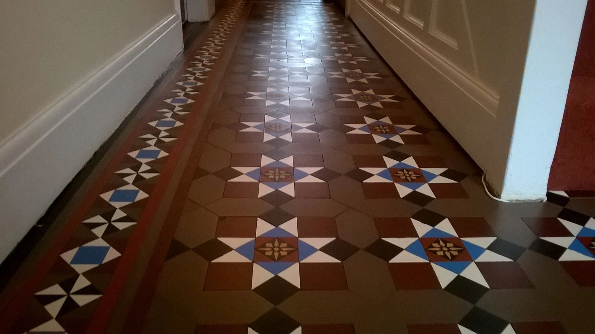 Minton floor cleaning, Victorian floor cleaning, Edwardian floor cleaning, Quarry floor cleaning