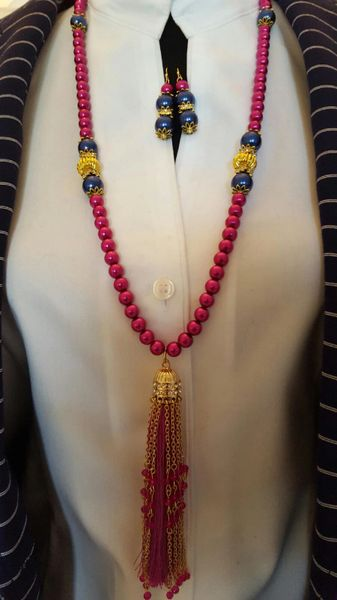 Tassel It-Fuchsia