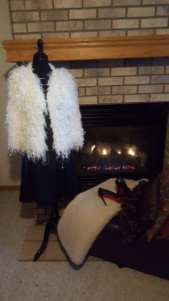Fluffy Cardigan-White Medium