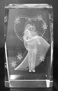 AAA1578-AIE LASER CUT CRYSTAL WEDDING COUPLE