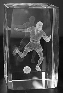 AAA1573-AIE LASER CUT CRYSTAL SOCCER PLAYER