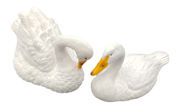 14001-Floating Gorgerous Swans Figurine(Pair)
