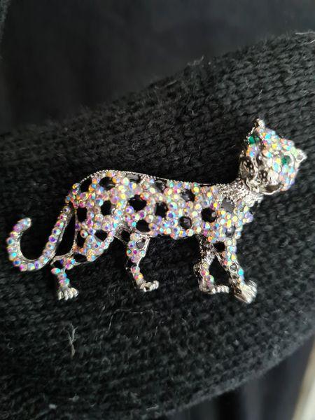 Vintage look Leopard brooch