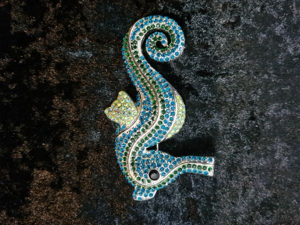 Gorgeous greens Seahorse brooch