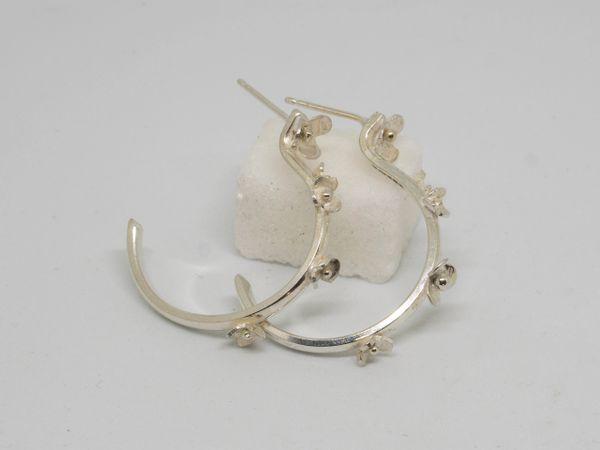 Delicate silver flower earrings