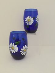 Daisies Cobalt Blue Stemless White Wine Set