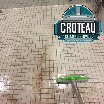Commercial tile and grout cleaning in Windsor. Tile grout cleaning Windsor. Tile and grout cleaning