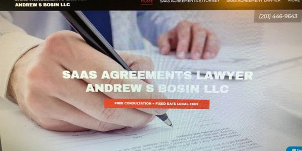 SaaS Lawyer Drafting & Negotiating SaaS Contracts & Agreements