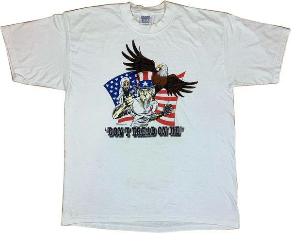 2001 Don't Tread On Me Patriotic Tee