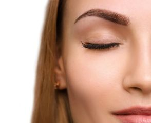 Permanent Eyebrow shading, micro hair strokes, Ombre, micro blading. All techniques available at Fac
