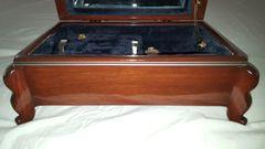 Jewelry Box with soft velvet