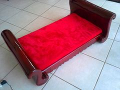 Courtney Dog Sleigh Bed. SMALL