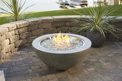 """Outdoor GreatRoom Company Cove 42"""" Fire Bowl"""