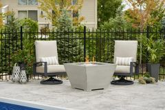 Outdoor GreatRoom Company Square Cove Fire Pit