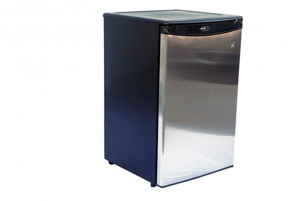 Danby Refrigerator w/Stainless Front